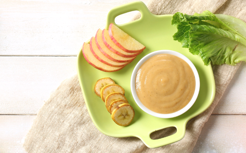 It might be ideal to make your own baby food with all of the GMO's and chemicals out there, but why doesn't every parent do that? #motherhood #parenting #babyfood #babies #homemadebabyfood