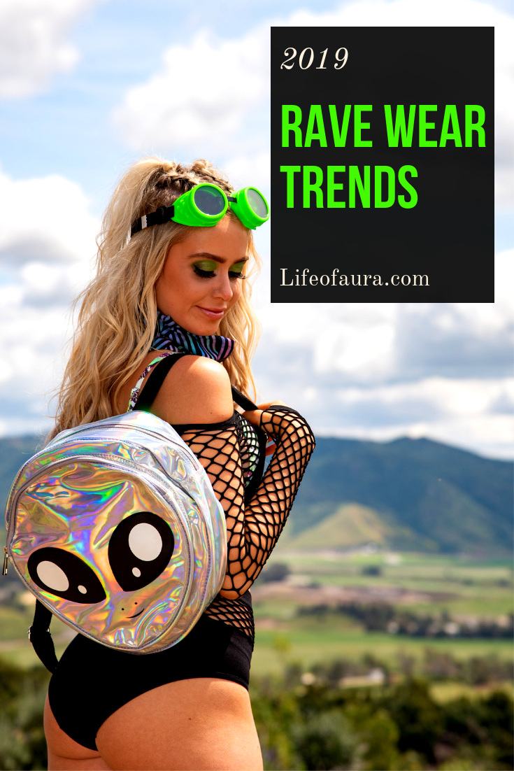 Are you prepared for festival season? Check out the rave clothing trends of 2019 for your new festival outfit! #rave #ravewear #festival #festivaloutfit #ad